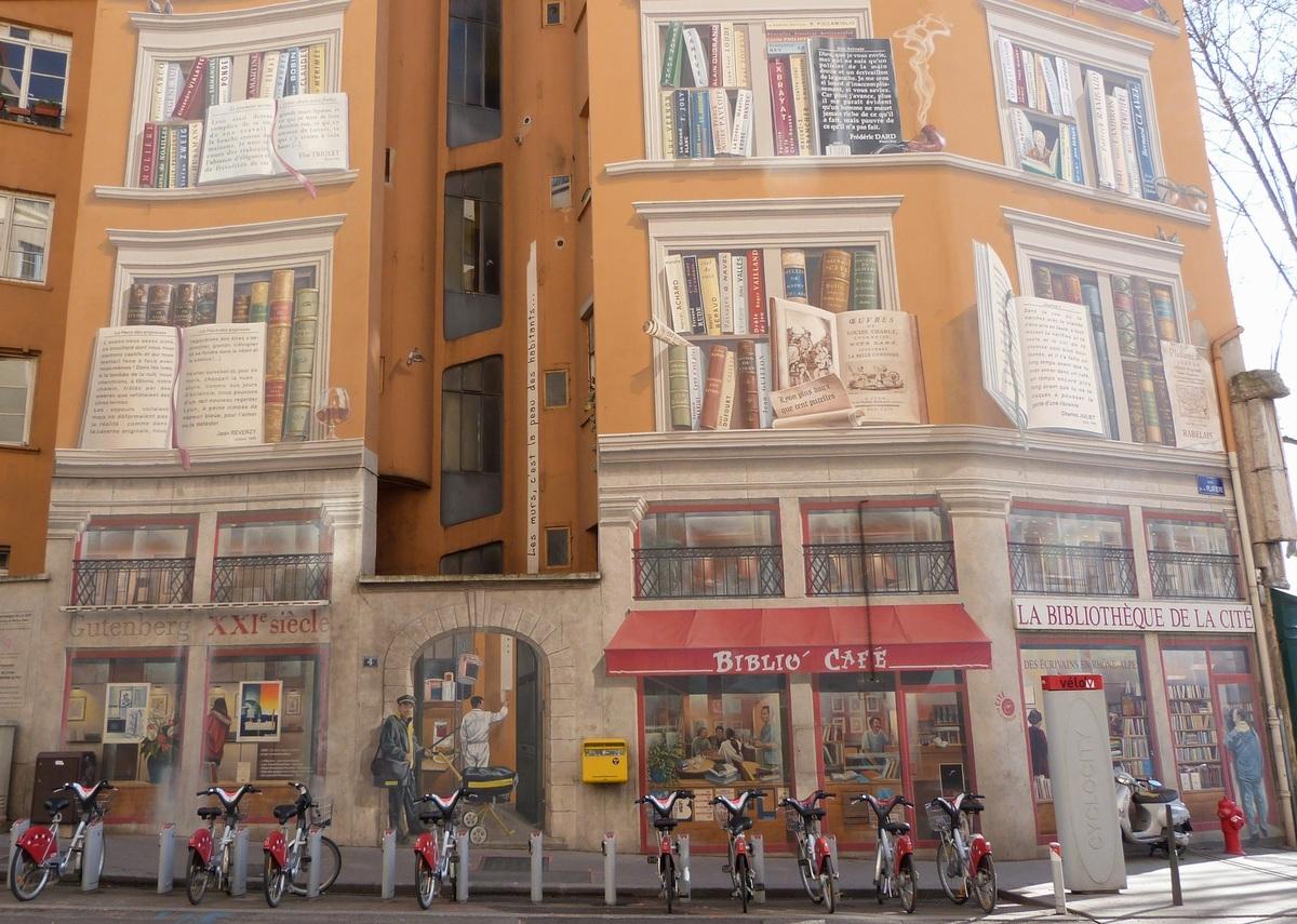 Fresque bibliothèque de la cité